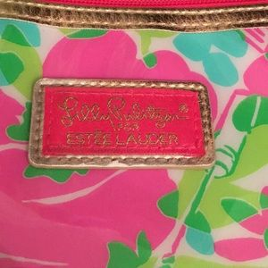Lilly Pulitzer Estee Lauder make up pouch
